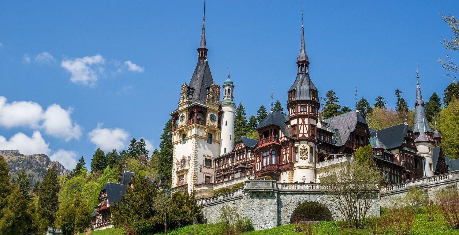 Peles Castle, Golf and Wine Tour