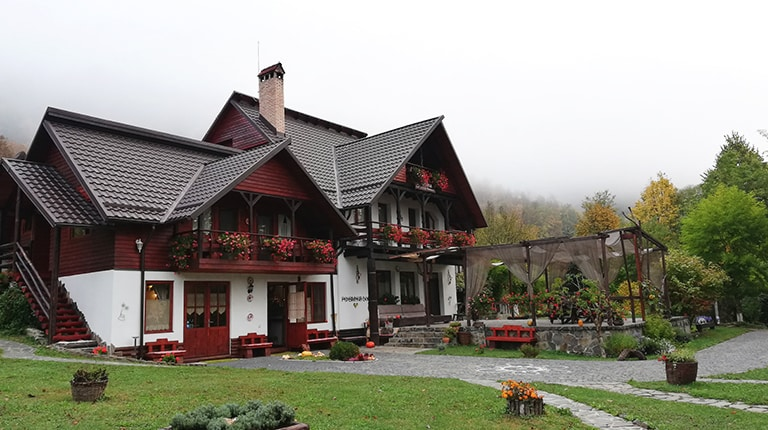 Local_guesthouse_in_Maramures